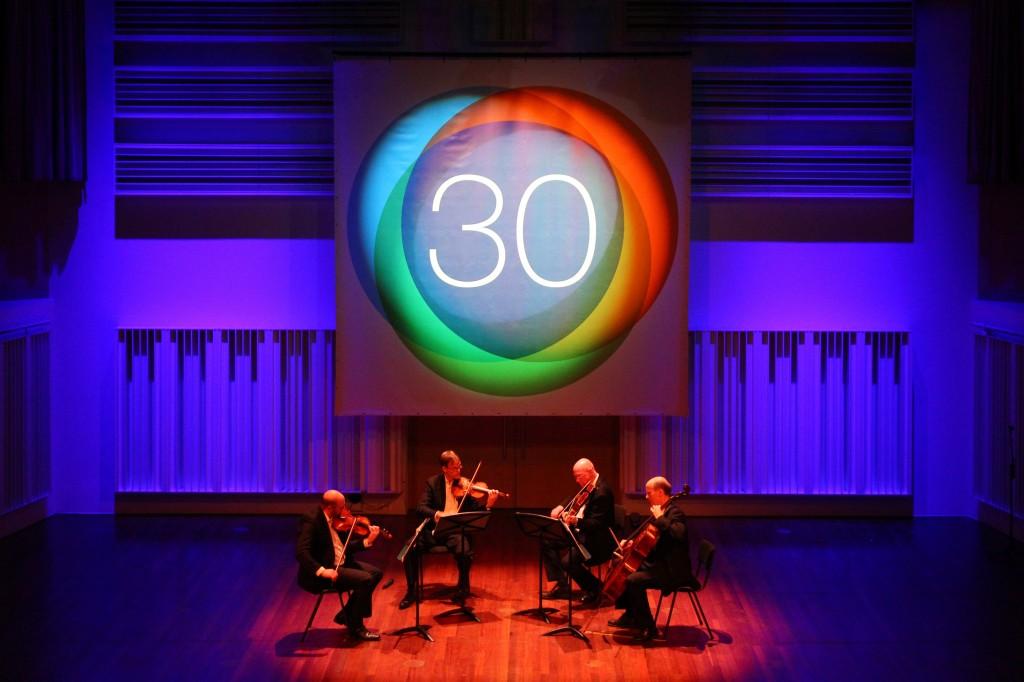 Het Pythagoras Kwartet in de kleine zaal van het Muziekgebouw Eindhoven tijdens het ASML Charity Concert op 3-12-2014 (foto NN)