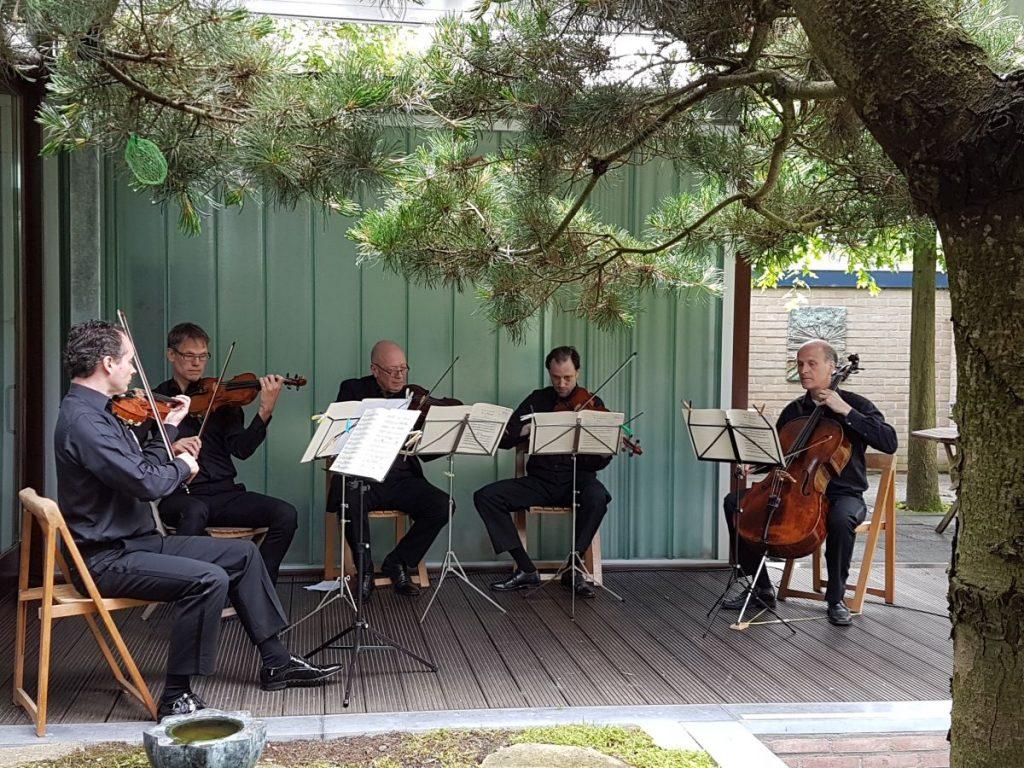 Pythagoras Kwartet speelt Mozart kwintet mmv Lucas H. (foto R. Huijbregts)